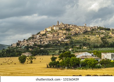 Trevi (Perugia, Umbria, Italy) - Panoramic view of the ancient town