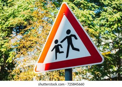 triangle pedestrians traffic sign
