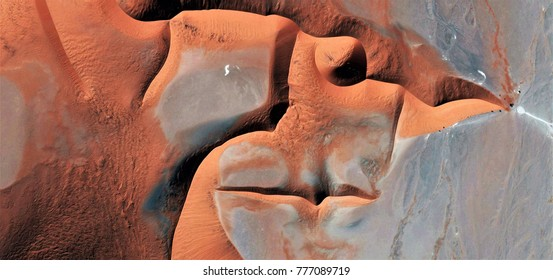 tribute to Picasso, abstract photography of the deserts of Africa from the air, Photographs magic, just to crazy, artistic, landscapes of your mind, optical illusions, abstract art,