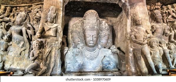 Trimurti Sadashiva sculpture in the cave 1 on Elephanta Island. Mumbai - Maharashtra, India