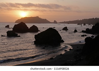 Trinidad Bay, Trinidad Head and Trinidad at sunset, Luffenholtz Beach County Park, California, USA