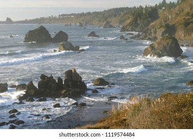 Trinidad Bay and offshore rocks, Trinidad, California, USA