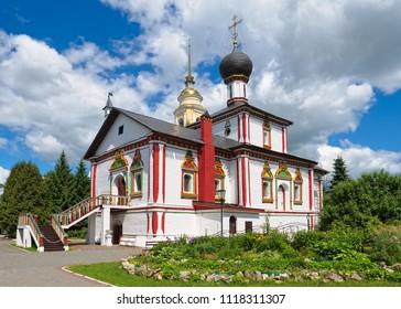Trinity Church of Novo-Golutvin female Convent in Kolomna Kremlin, 17th century