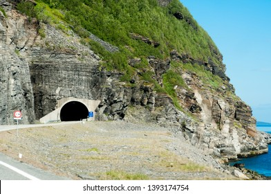 Trip to Nordkapp, tunnel entrance