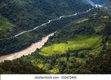 Trishuli river in Manakamana temple on the way to Pokhara - Central Nepal