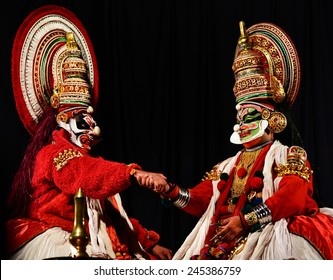 TRIVANDRUM, KERALA, INDIA, JANUARY 19, 2015: Kathakali - the classical dance-drama art form based on Indian mythology, and noted for its elaborate costumes and gestures. Story from Ramayana.