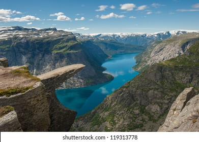 Trolltunga, Troll's tongue rock above lake Ringedalsvatnet, Norway