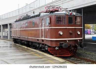 Trondheim, Norge - September 30, 2016: One brown electric locomoitive class Ma in service forr Norsk transport AS at the Trondheim Central station. Produced by ASEA during the 1950s