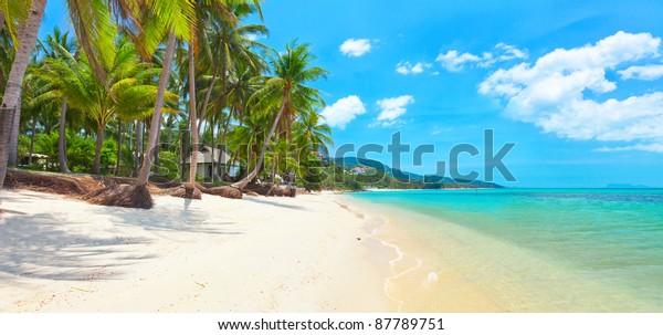 tropischer Strand Bang Po, Koh Samui, Thailand. Panorama