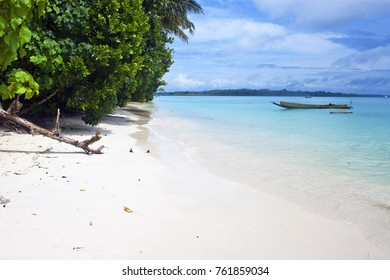 Tropical beach No. 5 on Havelock island (Andaman Islands, India)