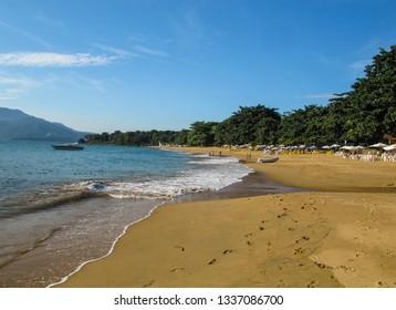 Tropical beach - Praia do Curral - Ilhabela - SP