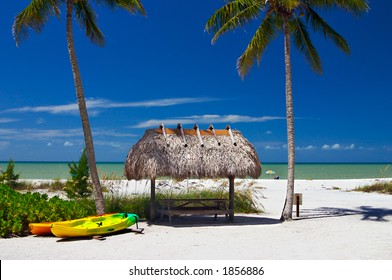 Tropical beach setting with a place to eat