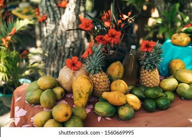 tropical fruit stand tahiti pineapple papaya