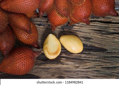 Tropical fruit,Sala or Zalacca it is sweet and sour fruit from Thailand. Sala or Zalacca are sold in the normal market until convenience store of modern trade