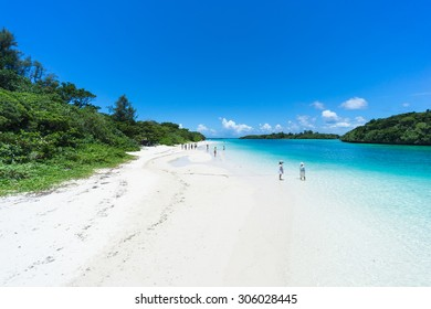 Tropical paradise beach and clear blue lagoon water, Kabira Bay, Iriomote-Ishigaki National Park of the Yaeyama Islands, Okinawa, Japan