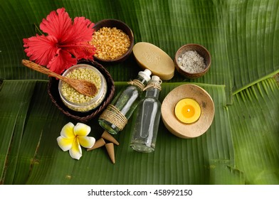 Tropical spa setting and banana leaf close up - Shutterstock ID 458992150