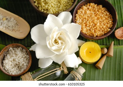 Tropical spa sitting and banana leaf close up - Shutterstock ID 610105325