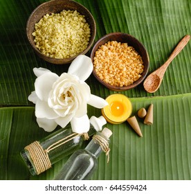 Tropical spa sitting and banana leaf with white flower  - Shutterstock ID 644559424