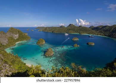 Tropical West Papua New Guinea Raja Ampat