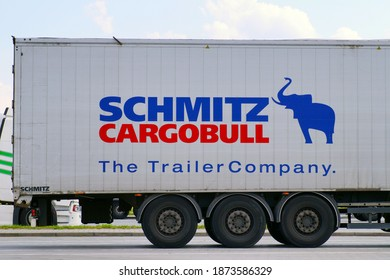Truck semitrailer: Schmitz Cargobull AG is a German manufacturer of semi-trailers, trailers and bodies. The company's headquarters are in Horstmar, Germany. 07.08.2020.