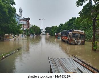Truck stucked in Baroda Rain. Karelibag baroda flood 2019.   Urban Flood in Baroda 2019. Heavy Water logging at karelibag causing Cars and trucks submerged in Water.