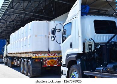 Truck trailer with jumbo bag.