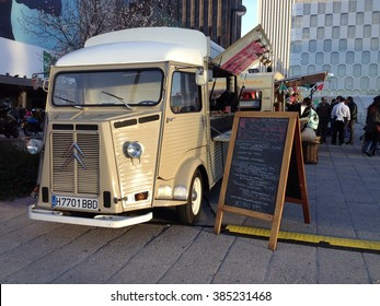 Truckfood in Madrid. Nuevos Ministerios, Madrid. March 2016.