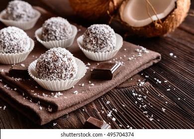 Truffles - classic no bake Chocolate coconut balls
