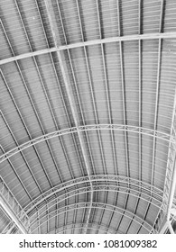 truss curved steel and metal sheet