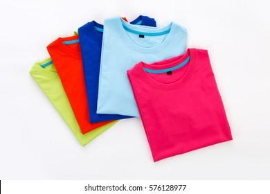 T-shirt fold