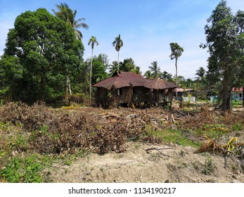 TUARAN SABAH MALAYSIA - July 14, 2018 : The abandoned wooden house which has many memories of old.