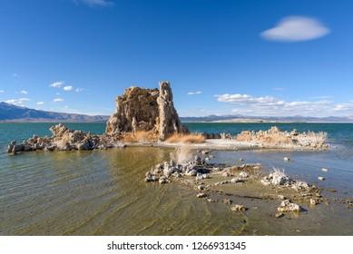 Tufas at Mono Lake, California