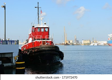Tugboat in Oso Bay in the Port of Corpus Christi, Texas, a large processor of petroleum for the oil and fuel industry
