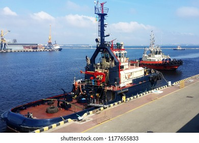 tugboats in traiding port