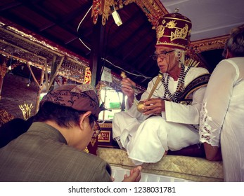 Tuka Village, Badung Regency, Bali / Indonesia - Nov 14 2018 : Blessing Is Also Done To The Parents Of The Groom During Balinese Wedding Ceremony