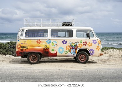 TULUM, YUCATAN MEXICO – APRIL 7th, 2017: FANCY PAINTED VW OLDTIMER VAN PARKING AT THE BEACH