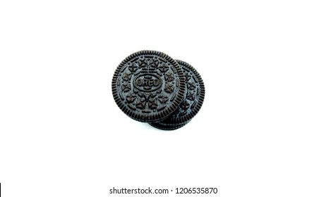 TULUNGAGUNG, INDONESIA – October 19, 2018: The classic Oreo is a tasty chocolatey sandwich biscuit filled with a creamy vanilla flavour centre. Oreo made by Mondelez International.