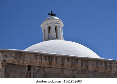 Tumacacori mission dome built in the 1700s at Tubac Arizona