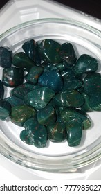 Tumbled Bloodstone Gems