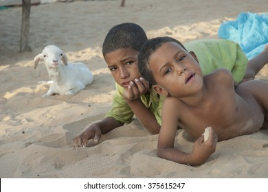 Tumbuctu,Mali- Sept.2,2011: Tuareg children in the desert of Mali