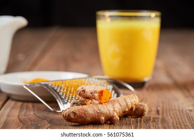 Tumeric curcuma root healthy golden orange powder