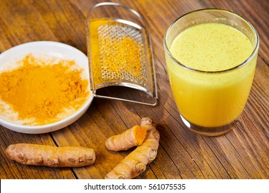Tumeric tea powder curcumin plant powder fresh made
