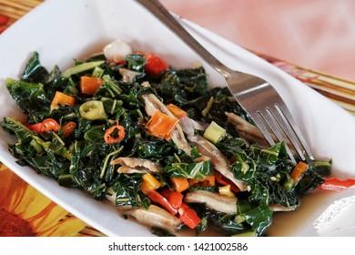 Tumis daun pepaya or Sautee papaya leaf homemade cooking