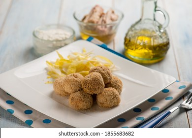 tuna meat balls with ricotta cheese and salad