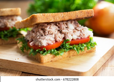 tuna sandwich for meal