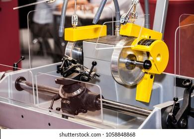 Tungsten carbide tool grinding machine