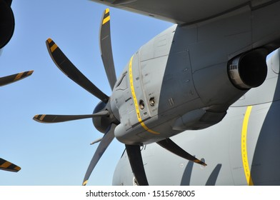 turboprop engine under the wing of an airplane