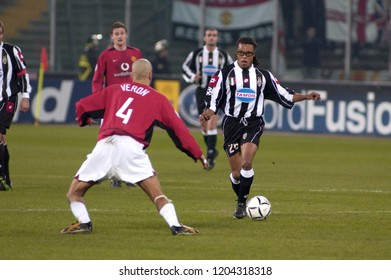 "Turin Italy ,12 March  2003, ""Delle Alpi"" Stadium, UEFA Champions League 2002/2003, FC Juventus- FC Manchester United: Edgar Davids and Veron in action during the match"