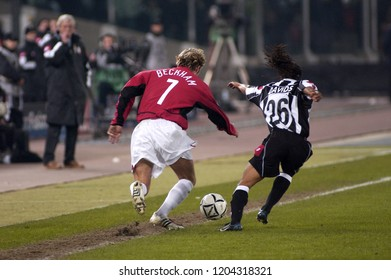 """Turin Italy ,12 March  2003, """"Delle Alpi"""" Stadium, UEFA Champions League 2002/2003, FC Juventus- FC Manchester United: David Beckham and Edgar Davids in action during the match"""