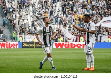 Turin, Italy. May 19, 2018. Allianz Juventus Stadium. Campionato Italiano SerieA, Juventus-Verona 2-1. Juventus awarded for the victory of the 7th championship in a row. Miralem Pjanic, Juventus.
